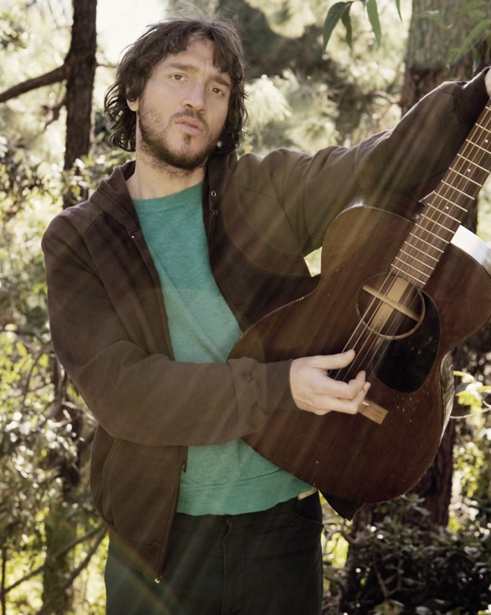 john_Frusciante_REDhotchiliepeppers_2005